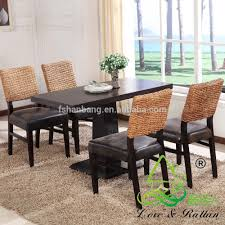 hotsale rattan seagrass table basse and chairs set tropical