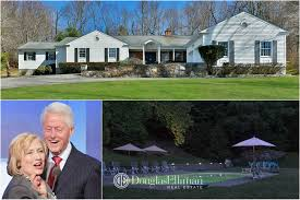 15 old house lane chappaqua clintons shell out 1 16m to buy house next door in chappaqua