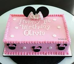 minnie mouse birthday cakes minnie mouse cake after not wanting to spend a fortune on a