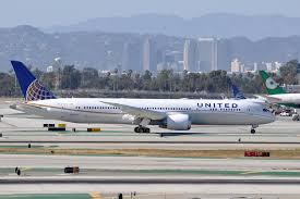 100 united airlines baggage info air travel does everyone