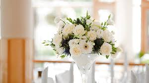 wedding flowers for guests wedding table flowers wedding corners