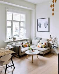 decorating small livingrooms best 25 small living rooms ideas on small space