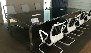 Frosted Glass Conference Table Tips To Design Your Office Conference Rooms Boss U0027s Cabin