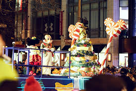 light parade chicago 2017 lighting up the magnificent mile christmas parade at chicago
