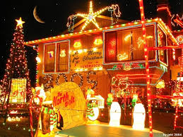 christmas lights man has christmas lights up in march i offer to