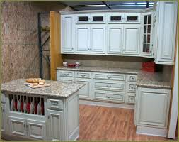 ivory kitchen cabinets what color walls ivory kitchen cabinets ivory kitchen cabinets what color walls femvote
