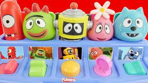 yo gabba gabba pop pals musical boombox popup toy plex