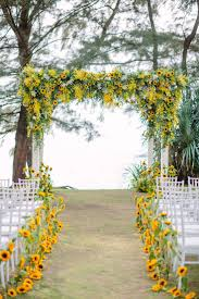 sunflower wedding decorations best 25 sunflower wedding decorations ideas on