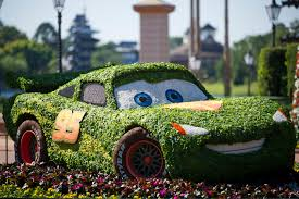 topiary fun facts and landscape trivia thrive at 19th epcot