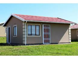 2 bedroom house for sale in umtata re max dolphin realtors web ref redr 6161 2 bedroom house
