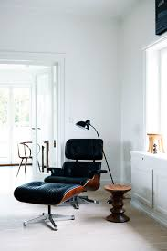eames chair side table eames lounge chair forever trendy viskas apie interjerą