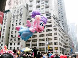 macy s thanksgiving day parade new york city luftballons
