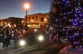 christmas lights lebanon tn residents flock to lebanon christmas tree lighting lebanon