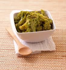 cuisine brocolis salade de brocolis au curcuma et sésame les meilleures recettes