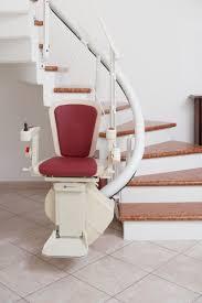 sedie per disabili per scendere scale freecurve il saliscale a poltroncina pieghevole e su misura per