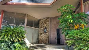 Elvis Presley Home by Elvis Presley U0027s Honeymoon Retreat In Palm Springs Returns To The