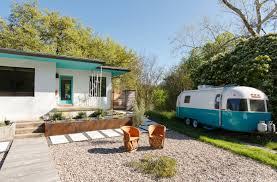 mid century homes celine u0026 justin u0027s colorful midcentury home camille styles