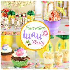 hawaiian party ideas easy hawaiian luau party ideas squared