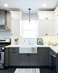 10 fabulous two tone kitchen cabinets ideas samoreals trending now kitchens with contrasting cabinets benjamin moore