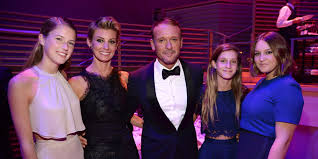Faith Hill Meme - tim mcgraw and faith hill s daughters were the best dressed teens