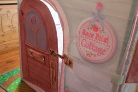 Dream Town Rose Petal Cottage Playhouse by Review Dreamtown Rose Petal Cottage What The Redhead Said