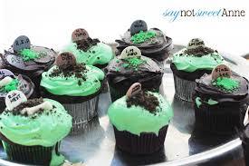easy diy halloween cupcakes sweet anne designs