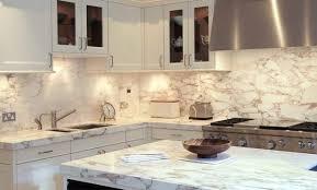 papier peint cuisine moderne déco tapisserie cuisine moderne 19 rennes papier peint cuisine