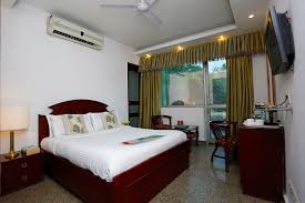 Forest Green by Oyo 367 Hotel Forest Green Premium Delhi Book U20b92908 Oyo Rooms
