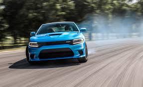 charger hellcat burnout lightning lap 2016 dodge charger srt hellcat