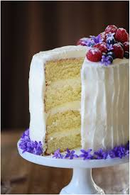 amazing yellow cake u0026 buttery cream cheese icing muy delish