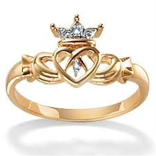 claddagh rings meaning claddagh ring meaning marifarthing claddagh wedding ring