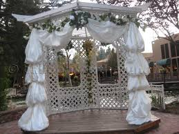wedding arch balloons balloons on the run party decorations r us balloon arches
