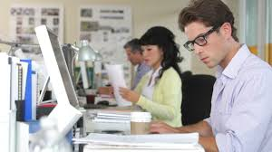 business bureau employé travailler etre assis hd stock