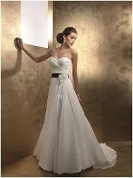 robe mariã e fluide choisir une robe de mariée de l enthousiasme au découragement