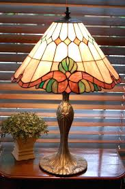 Stained Glass Floor Lamp Tiffany Stained Glass Table Lamps Click Here For Product