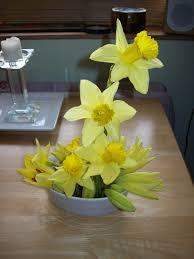 Frugal Flowers - a london tourist fabulous frugal flower arrangements for spring