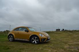 2017 volkswagen beetle overview cars volkswagen beetle review driver u0027s edition
