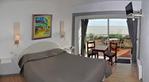 chambres d hotes meschers sur gironde chambre hôtel grottes de matata photo de hotel grottes de matata