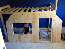 Bed For 5 Year Old Boy A Talented Father Built His Never Materialized Childhood Dream