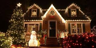 christmas lights on house why your christmas lights keep flickering what s wrong with