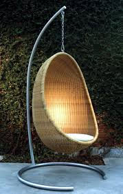 rattan hanging chair for more comfort and relaxation in the garden