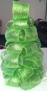 mesh christmas tree really easy to make 11