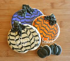 halloween frosted sugar cookies lizy b tutorial the chevron pumpkins are back