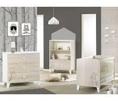 chambre bébé disney lit bébé à barreaux 120x60 disney winnie dotted line de sauthon