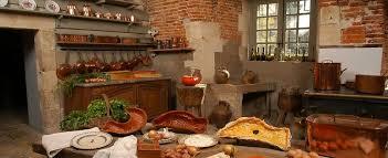 cuisine chateau quelques uns des ustensiles de cuisine du château de maupas