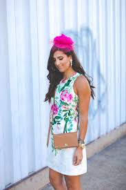 Kentucky travel outfits images Kentucky derby outfit floral shift dress a southern drawl jpg
