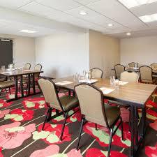 Indigo Dog House Beachwood Hotels Hotel Indigo Cleveland Beachwood Hotel In