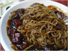 monter sa cuisine soi m麥e 釜山 西面 逛傳統釜田市場 吃전통본가밀면傳統本家麥麵 2000韓元炸醬麵