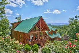 4 bedroom cabins in gatlinburg pigeon forge tn cabin with a view near dollywood