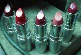 Lipstik Wardah Pink wardah matte lipstick 18 rosy pink kedua dari kanan kisah pekerja